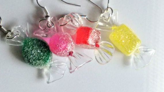 Christmas Candies Earrings - Miniature Food Jewelry - Inedible Jewelry - Kid's Jewelry - Holiday Jewelry - Christmas Jewelry - Wrapped Candy