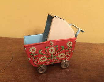Vintage Tin Litho Baby Buggy Toy/Toy Baby Carriage