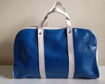 Vintage Blue and White Travel Bag.
