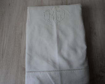 Bargain French Vintage metis linen embroidered sheet (04620)