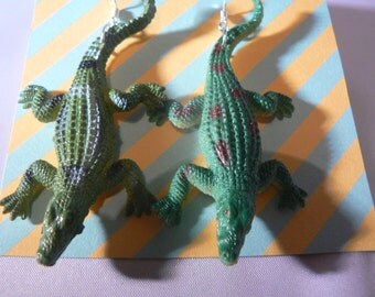 crocodile alligator fun earrings kitsch