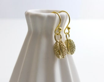 Willow Tree Pollen Earrings - Science Jewelry - Botanical Earrings