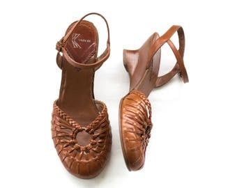 Brazilian leather closed toe sandals SIZE 8 M