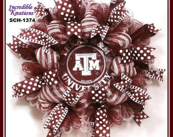 Texas A&M University Wreath; Aggie Wreath; Aggies Wreath;  Gig 'Em Aggies; Show your school colors; Front door wreath; Dorm Decoration