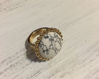 Marble Statement Ring with gold toned band