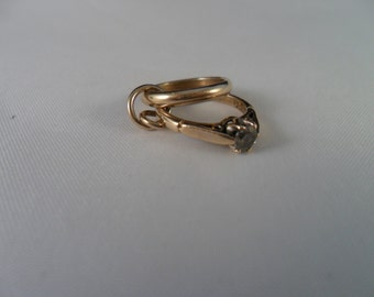Vintage 3D  9ct Yellow Gold and Cubic Zirconia Wedding and Engagement Ring Charm