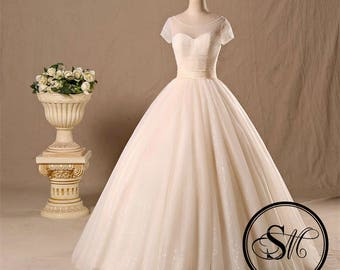 Vintage Ivory Short Sleeves Sweetheart Neckline Lace Up Satin Tulle Skirt Wedding Bridal Dress Gown