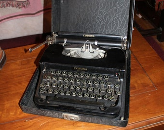 1930's Corona Standard Floating Shift Type Writer