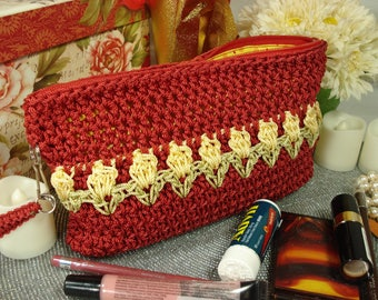 Makeup Bag   Clutch   Tulips   Crocheted Purse   Zippered Purse   Gifts for Women   Accessory   Clutch   Teens & Girls   Pencil Case