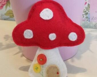 Toadstool Brooch / Ornament / Decoration / Keyring