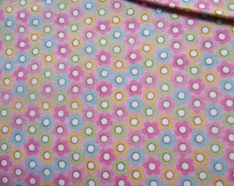 Riley Blake Cotton Flannel in Floral Pattern in Half-Yard