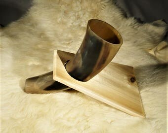 Wooden stand for a drinking horn, medium size