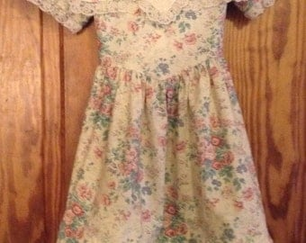 Girls retro style lace and floral dress