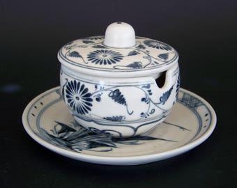 Vietnamese Blue & White Pottery, Lidded Jelly/Jam jar with Under plate