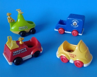 "Vintage Little People / Peanuts "" Snoopy and Lucy Vehicles "" 1970's Aviva"