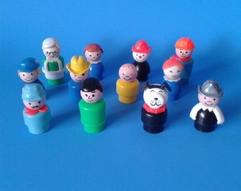 "Fisher Price Little People "" 12 Different Figures "" 1970's"