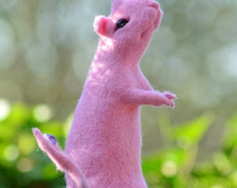 Sauron pink felted Rat
