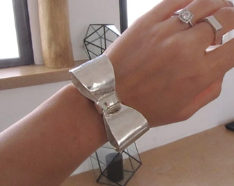 Sterling silver oversized bow cuff-Statement silver bracelet-Chunky silver jewelry-Big bow bracelet