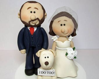 "Personalised wedding cake topper, bride and groom + dog or cat with ""I do too"" Sign"