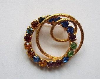Vintage 1960s Multi-Color Rhinestone Looping Circles Gold Tone Brooch
