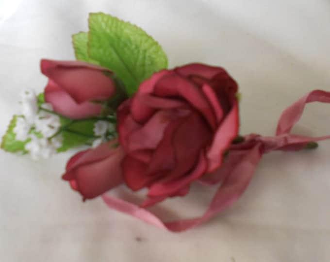 Set of 6 Mauve antique roses color boutonniers or corsages