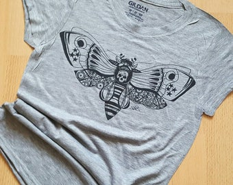 Zentangle Style T-Shirt, Womens Bee Shirt, Steampunk Butterfly Tee, Fiona Fletcher Designs, Hand Drawn Picture, Skull Bug Tshirt, Wife Gift