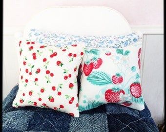 Pillow Set for Blythe: strawberries and cherries