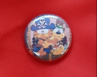 "Garfield & Odie Halloween 1"" Pin"