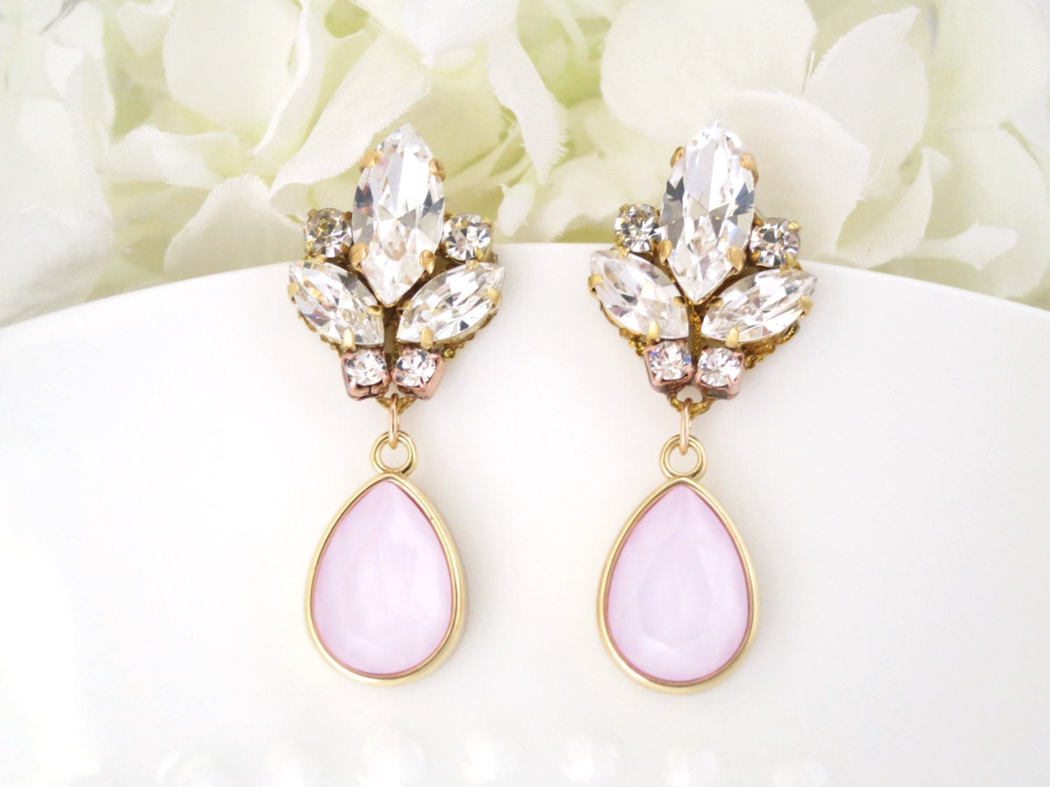 Swarovski powder rose teardrop earring, Gold and pink wedding earring, Blush crystal drop bridal earring