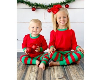 Girls christmas pajamas – Etsy