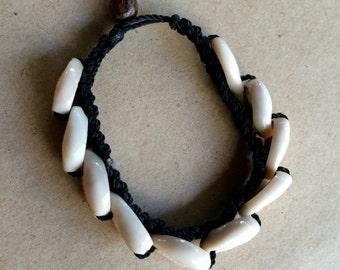 Shell Bracelet,Hippie Bracelet,Beach Bracelet,Hawaii Bracelet,Shell Jewlery,Cowrie Shell Jewelry,Boho Bracelet,Hippy Bracelet,Hippie Jewelry
