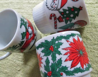 Vintage Set of 3 Red and Green Christmas Ceramic Stacking Coffee Tea Mugs - Made in Japan - Festive Xmas Holiday Designs