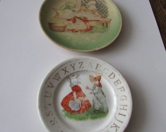 2 Vintage Sunbonnet Baby Plates Sunbonnet Babies Washing Day ABC Plate