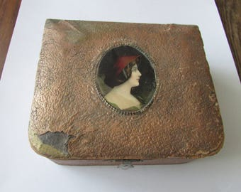 Vintage Portrait Dresser Box Vanity Sewing Jewelry Shabby