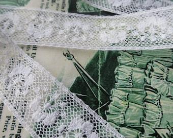 White English Nottingham Lace- Insertion Trim