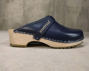 Scandinavian Clogs • Classic Navy Blue Leather Strövels • The Perfect Clog • Wooden Rubber Sole • Women's 38