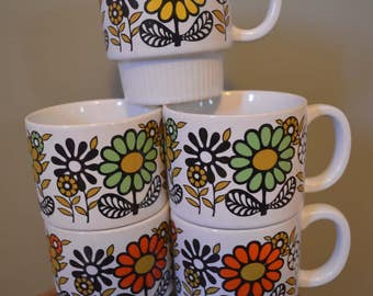 Set of 5 Stacking Mugs, made in Japan