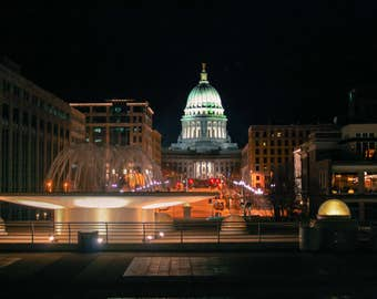 Madison capital with fountain at night