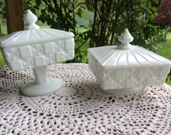 """2- Westmoreland White Milk Glass """" Old Quilt"""" Covered Pedestal Candy Trinket Dishes"""