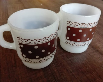 Fire king , anchor-hocking polka dot mugs