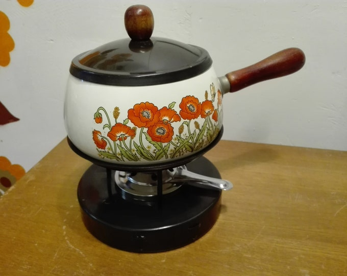 Vintage White flowered fondue set