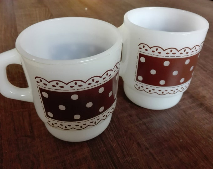 Fire king , anchor-hocking polka dot mugs