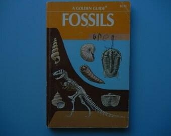 A Golden  Guide ~ Fossils ~ 1962