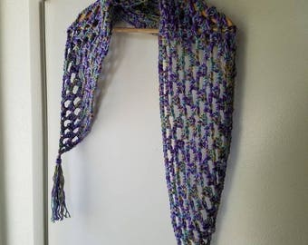 Cute Crochet Shawlette *** free shipping ***