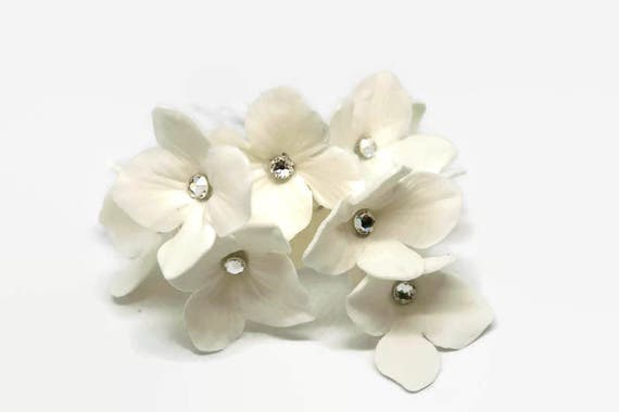 12 White Hydrangea with Crystal Centers Sugar Flowers for Wedding Cake Toppers, diy brides, gumpaste flowers, filler flowers, modern wedding