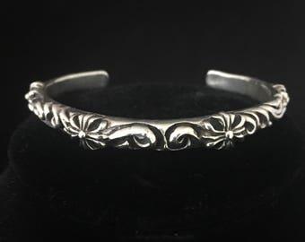 Vintage Embossed 925 Sterling Silver Cuff Bracelet Small Wrist Antique Style Bracelet
