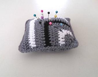 Handmade Crochet pincushion, granny square motif pincushion, mini crochet pillow in gray black&white, monochrome pincushion, Motherdays gift
