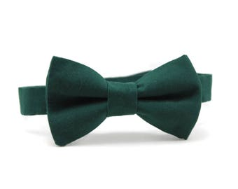 Hunter green bow tie for boys, toddlers, babies, youth, men. Christmas hunter green bow tie. Hunter green ring bearer