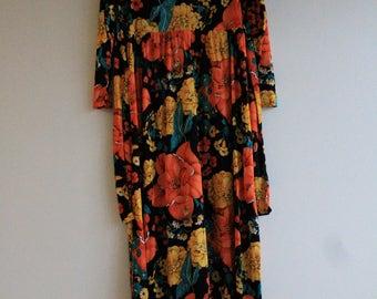 Vintage 1970's Floral Maxi Dress