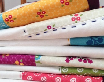 Modern baby quilt - Homemade quilt - Homemade Baby quilt - Crib quilt - Toddler quilt - Modern quilt - Handquilted - Hand quilted - Gift